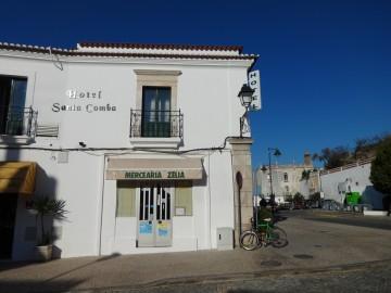 Hotel Santa Comba, bica de Santa Comba e casa das Nunes